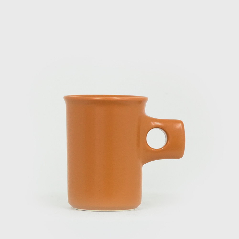 Fabrik Pottery Exclusive Dark Cheddar Mug [New]